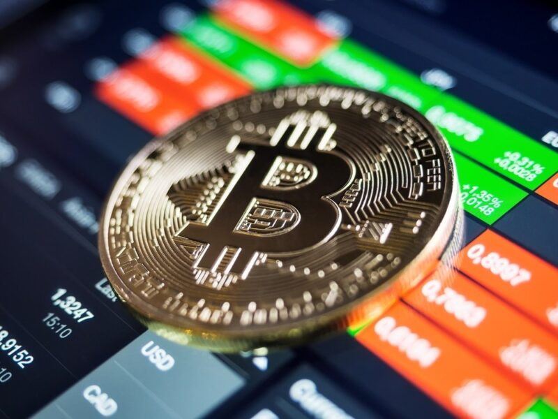 Take Advantage Of The Coming Bitcoin Breakout!