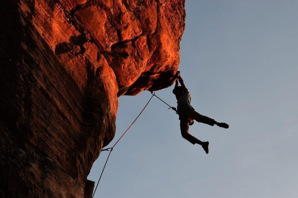Climbing 2264698 1280 1024x682