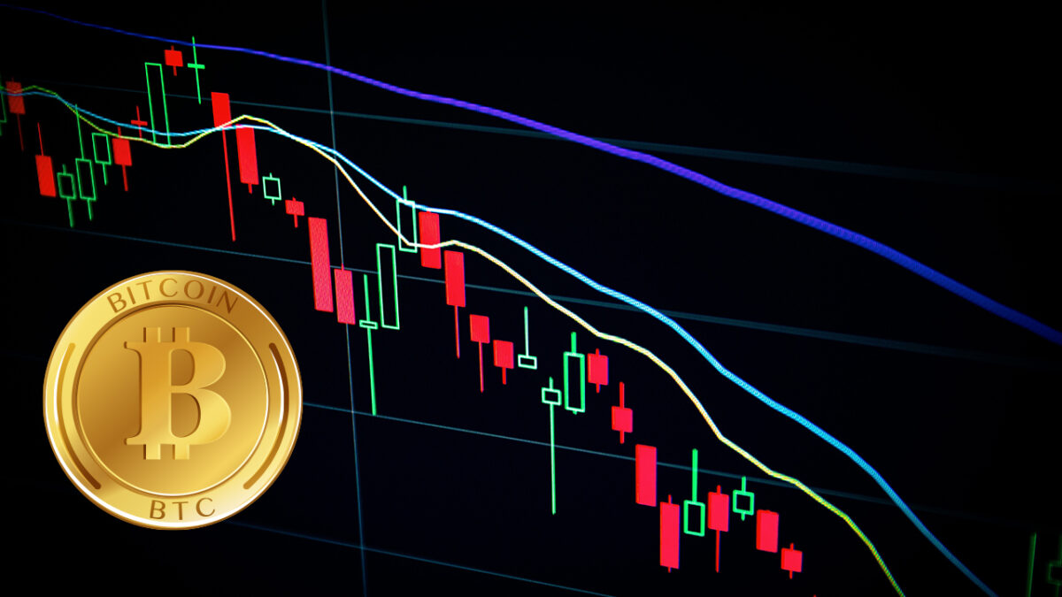 could-bitcoins-price-drop-below-30000-here-is-what-the-analysts-say