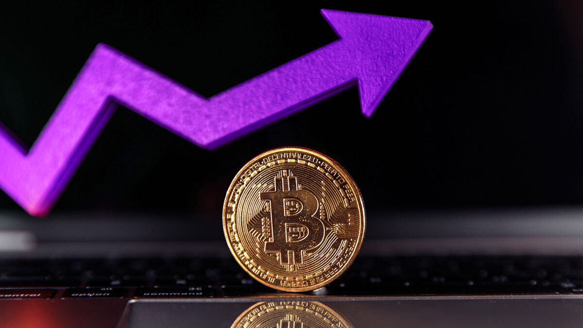 can-the-price-of-bitcoin-surge-up-to-70000-or-more